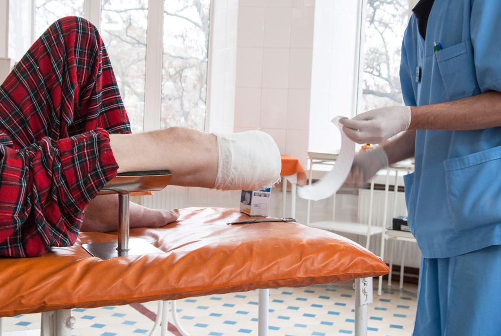 7 consejos para cuidar su prótesis y alargar sus años útiles